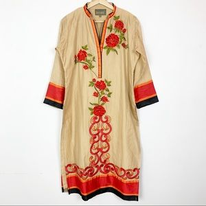 GORGEOUS Embroidered Floral Kaftan Kurti 42